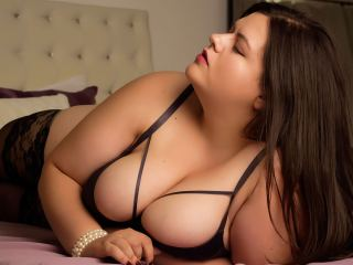 Iphone chat with PLUS-SIZE LillySpring needs dirty live play