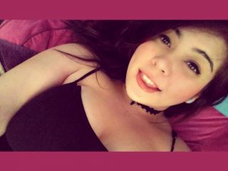 Single guys for chat with PLUMPER SailorJupiter fancies ohmibod & squirt have fun time