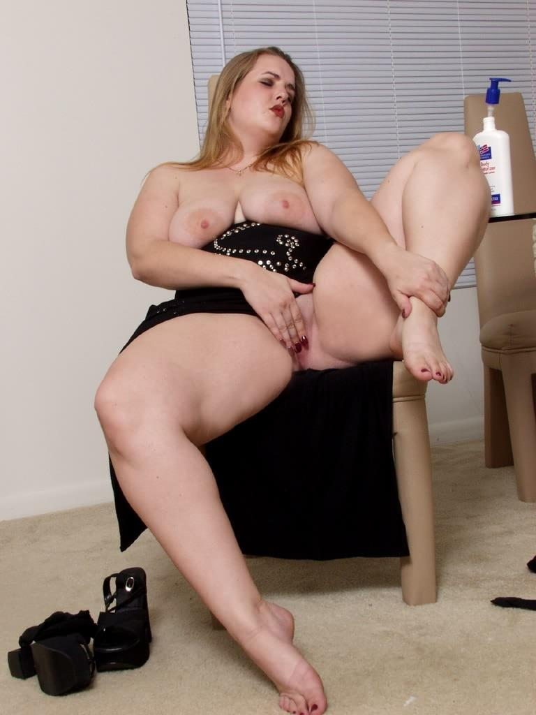 Bbw Snowbunny Juicy Solo