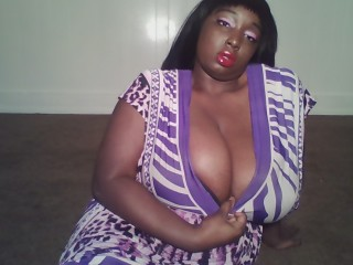 Cam on cam with PLUS-SIZE ChocolateWGirl lusts deepthroat play time