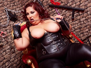 Whatsapp chat with PLUMPER Dominatrix_Anabela yearns skype play time