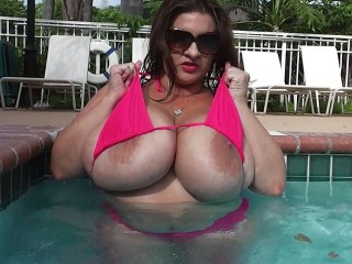 Mobile chat with PLUMPER MariaMoore needs fuck buddy for fun